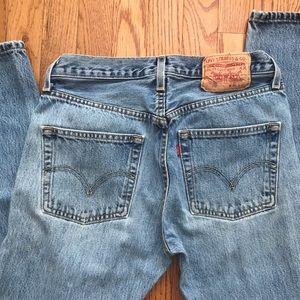 Levi Vintage 501 mom jeans